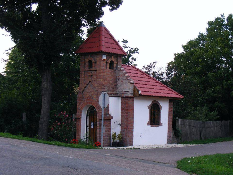 Kápolna kivül